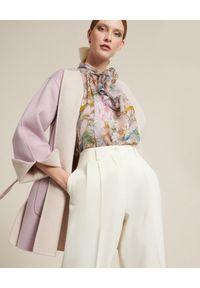 Luisa Spagnoli - LUISA SPAGNOLI - Fioletowy płaszcz Viareggio. Kolor: beżowy. Materiał: bawełna. Długość rękawa: długi rękaw. Długość: długie. Sezon: lato