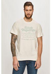 Biały t-shirt Levi's® z nadrukiem, biznesowy, na spotkanie biznesowe
