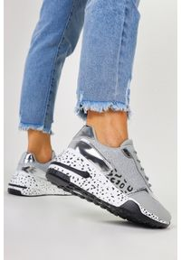Casu - Szare sneakersy na koturnie buty sportowe sznurowane casu bl215p. Kolor: srebrny, wielokolorowy, szary. Obcas: na koturnie