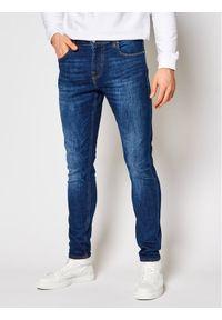 Guess Jeansy Chris M1GA27 D4B74 Granatowy Super Skinny Fit. Kolor: niebieski