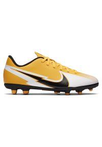 Buty piłkarskie dla dzieci korki Nike Mercurial Vapor 13 Club MG AT8161. Materiał: syntetyk, skóra. Szerokość cholewki: normalna. Sport: piłka nożna