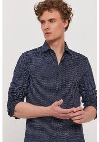 BOSS - Boss - Koszula bawełniana Boss Casual. Okazja: na co dzień. Typ kołnierza: kołnierzyk włoski. Kolor: niebieski. Materiał: bawełna. Długość rękawa: długi rękaw. Długość: długie. Styl: casual