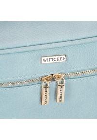 Wittchen - Damska kosmetyczka kuferek duża. Kolor: niebieski. Materiał: skóra ekologiczna. Wzór: aplikacja