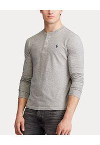 Ralph Lauren - RALPH LAUREN - Szara koszulka Henley. Typ kołnierza: typu henley. Kolor: szary. Materiał: bawełna, jeans. Długość rękawa: długi rękaw. Długość: długie. Wzór: haft