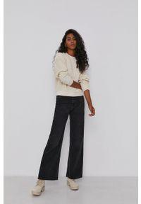 Calvin Klein Jeans - Bluza. Okazja: na co dzień. Kolor: beżowy. Materiał: dzianina. Długość rękawa: długi rękaw. Długość: długie. Styl: casual