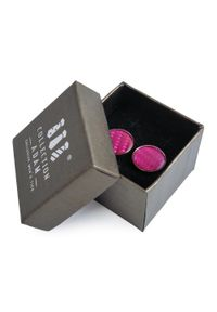 Adam Collection - Różowe okrągłe spinki do mankietów A190. Kolor: różowy