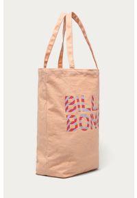 Różowa shopperka Billabong z nadrukiem, na ramię