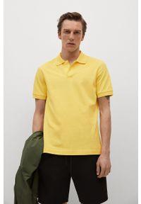 Mango Man - Polo Rea. Okazja: na co dzień. Typ kołnierza: polo. Kolor: żółty. Materiał: dzianina, materiał. Długość: krótkie. Styl: casual