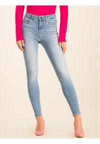 Guess Jeansy 1981 W01A46 D38R6 Niebieski Skinny Fit. Kolor: niebieski. Materiał: jeans