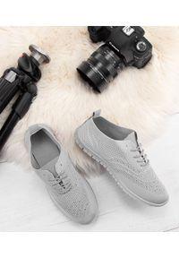 Szare buty sportowe N/M trekkingowe, bez zapięcia, w ażurowe wzory