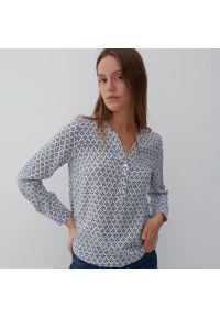Reserved - Bluzka z EcoVero™ - Kremowy. Kolor: kremowy