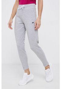 4f - 4F - Spodnie. Stan: podwyższony. Kolor: szary. Materiał: dzianina. Wzór: aplikacja