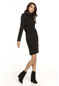 Tessita - Czarna Krótka Bawełniana Sukienka z Kominem. Typ kołnierza: komin. Kolor: czarny. Materiał: bawełna. Długość: mini