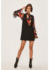 Czarna sukienka Pepe Jeans bez rękawów, biznesowa, mini, na co dzień
