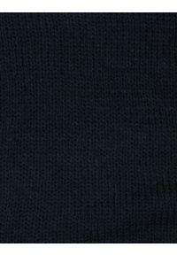 Niebieski szalik Pako Jeans na jesień