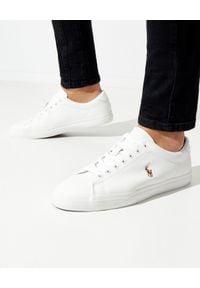 Białe sneakersy Ralph Lauren na płaskiej podeszwie, w kolorowe wzory, z okrągłym noskiem