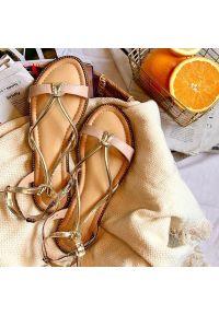 Różowe sandały S.Barski klasyczne