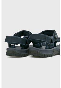 Niebieskie sandały Jack Wolfskin gładkie, na średnim obcasie, na rzepy