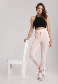 Różowe legginsy Renee