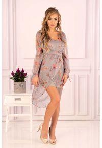 Merribel - Sukienka z Kopertowym Dołem w Kwiaty. Materiał: poliester. Wzór: kwiaty. Typ sukienki: kopertowe