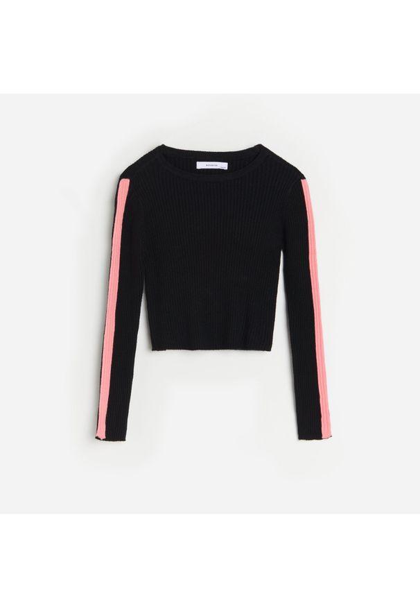 Reserved - Prążkowany sweter z lampasami - Czarny. Kolor: czarny. Materiał: prążkowany