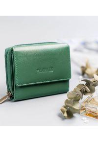 4U CAVALDI - Portfel damski zielony Cavaldi RD-DB-09-GCL-8744 TU. Kolor: zielony. Materiał: skóra