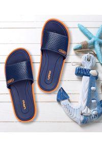 LANO - Klapki młodzieżowe basenowe Lano KL-3-6168-7 Orange/Navy. Okazja: na plażę. Zapięcie: bez zapięcia. Materiał: guma. Obcas: na obcasie. Wysokość obcasa: niski. Sport: pływanie