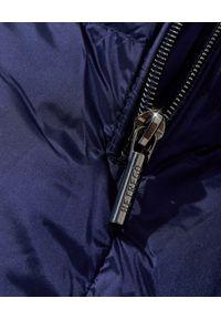 Hetrego - HETREGO - Niebieski płaszcz puchowy Corinne 21. Typ kołnierza: kaptur. Kolor: niebieski. Materiał: puch. Długość: do kolan
