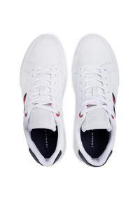 Białe sneakersy TOMMY HILFIGER z cholewką, na co dzień