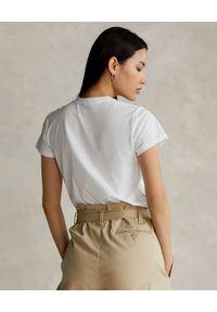 Ralph Lauren - RALPH LAUREN - Biały t-shirt z misiem Straight fit. Typ kołnierza: polo. Kolor: biały. Materiał: bawełna. Wzór: aplikacja