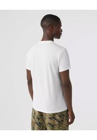 Burberry - BURBERRY - Biały t-shirt z haftowanym logo. Okazja: na co dzień. Typ kołnierza: kaptur. Kolor: biały. Materiał: wełna, materiał. Wzór: haft. Styl: casual, klasyczny, elegancki, sportowy
