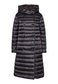 Czarny płaszcz zimowy Hetrego