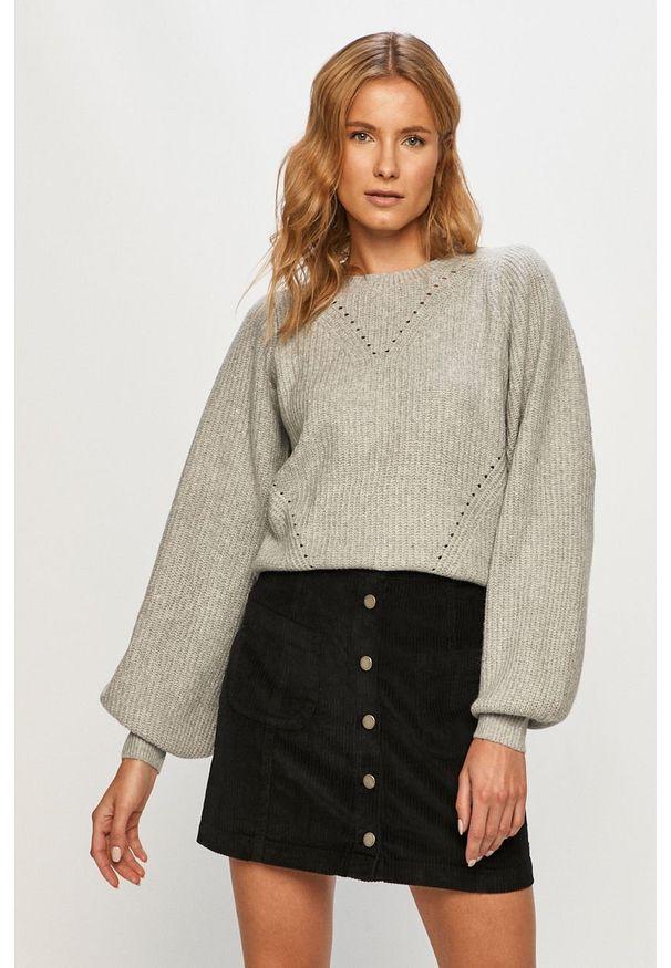 Szary sweter Noisy may długi, na co dzień, casualowy