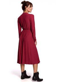 BE - Rozkloszowana sukienka 7/8 z dekoltem V. Materiał: bawełna, elastan