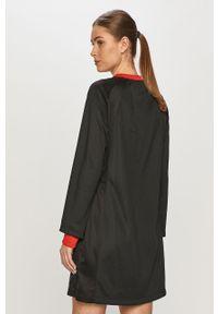 Czarna sukienka Jordan prosta, na co dzień, casualowa