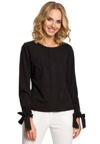 MOE - Czarna Bluzka z Wiązanymi na Dole Długimi Rękawami. Kolor: czarny. Materiał: elastan, wiskoza, poliester. Długość rękawa: długi rękaw. Długość: długie