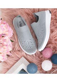 Szare buty sportowe SKOTNICKI w kolorowe wzory, bez zapięcia