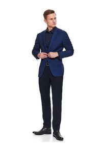 TOP SECRET - Koszula wzorzysta dopasowany krój. Kolor: niebieski. Materiał: bawełna. Długość rękawa: długi rękaw. Długość: długie. Sezon: zima. Styl: klasyczny, elegancki