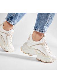 Białe sneakersy Buffalo na płaskiej podeszwie, z cholewką #8