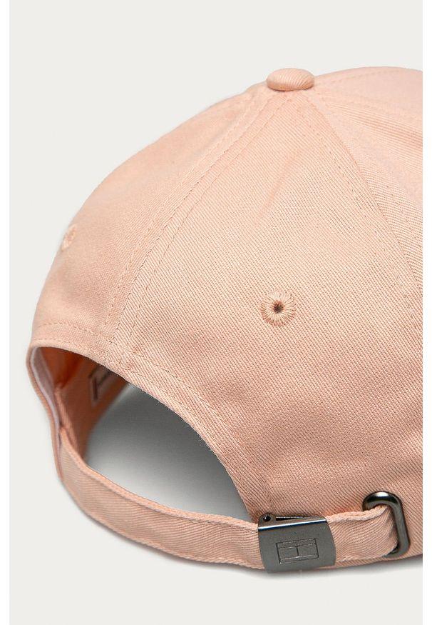 Różowa czapka z daszkiem TOMMY HILFIGER