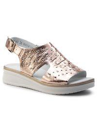 Złote sandały Nessi casualowe, na co dzień
