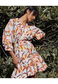 ACLER - Wzorzysta sukienka Northbrook. Kolor: brązowy. Materiał: tkanina, len, wiskoza, nylon. Wzór: nadruk. Długość: mini