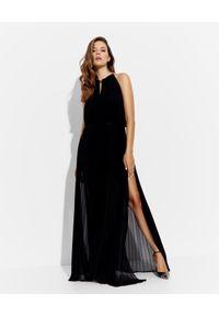 CRISTINAEFFE - Czarna plisowana sukienka maxi. Kolor: czarny. Typ sukienki: plisowane. Długość: maxi