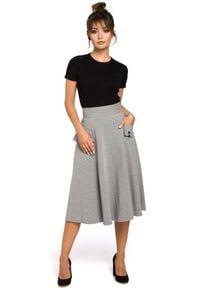 BE - Rozkloszowana dzianinowa spódnica z kieszeniami. Materiał: dzianina. Styl: elegancki