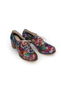 Zapato - sznurowane półbuty na 6 cm słupku - skóra naturalna - model 251 - kolor motyl. Materiał: skóra. Obcas: na słupku