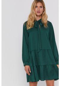 Marella - Sukienka Affix. Kolor: zielony. Materiał: tkanina. Długość rękawa: długi rękaw