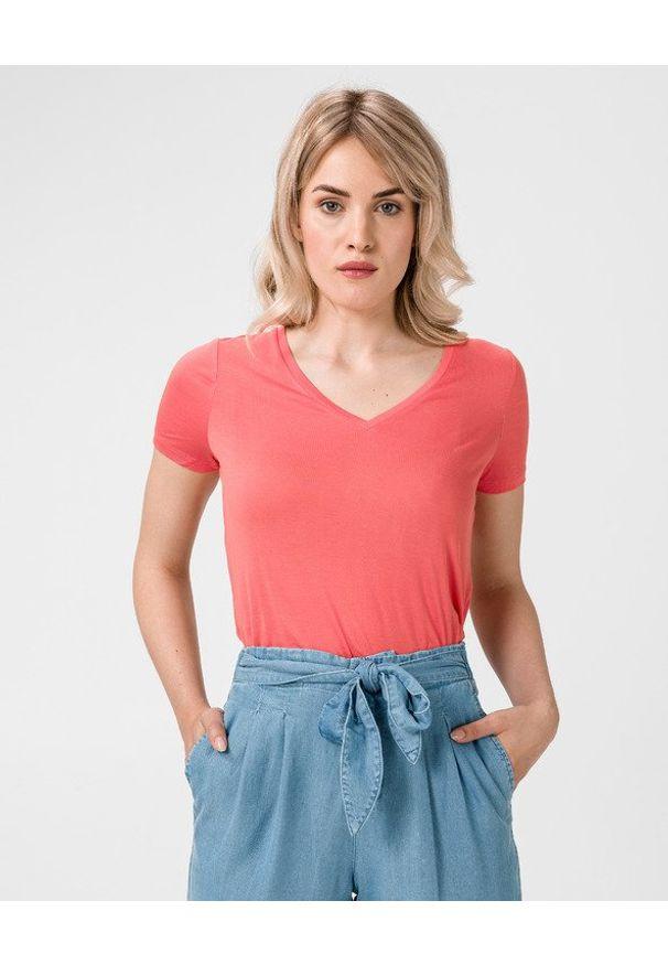 Czerwony t-shirt Vero Moda z dekoltem w serek, w kolorowe wzory