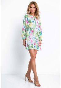 Fobya - Krótka Zwiewna Sukienka w Tropikalne kwiaty. Materiał: elastan, poliester. Wzór: kwiaty. Długość: mini