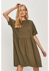 Zielona sukienka Noisy may na co dzień, mini, z krótkim rękawem
