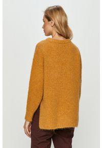 Hugo - Sweter. Kolor: żółty. Materiał: dzianina. Długość rękawa: długi rękaw. Długość: długie